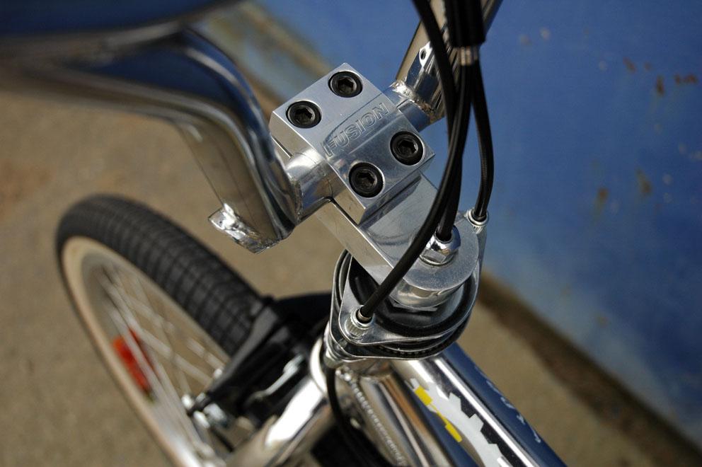 http://www.sirmerlin.com/wp-content/uploads/2012/09/haro_bash_sport_fusion_stem.jpg