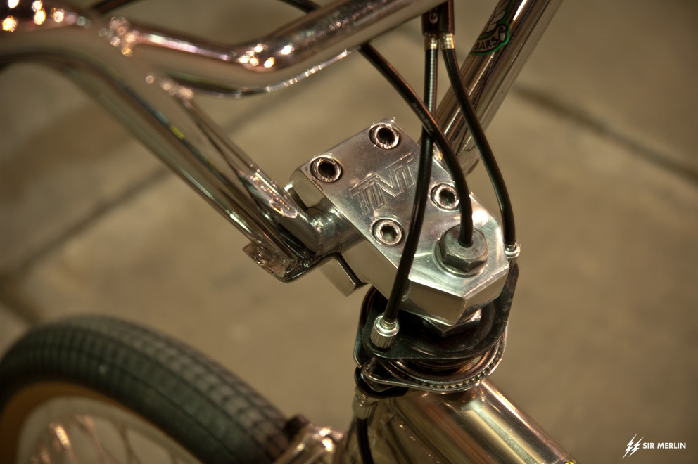 http://www.sirmerlin.com/wp-content/uploads/2012/12/94_hoffman_big_daddy_tnt_stem_lowdrag_bars.jpg