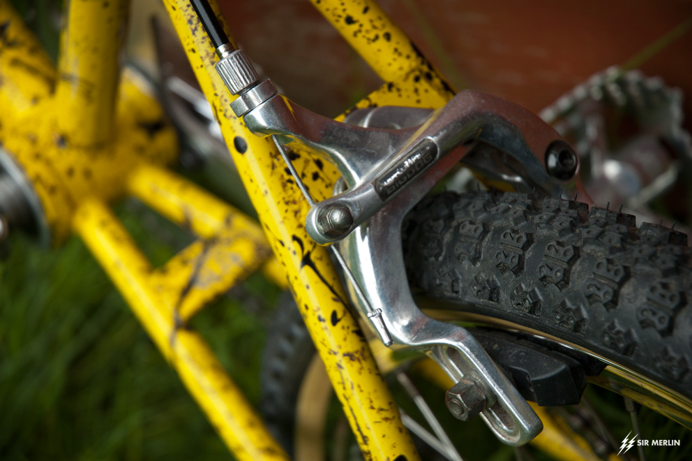 http://www.sirmerlin.com/wp-content/uploads/2013/05/cyclecraft_xlx_bmx_diacompe_big_dog_brakes.jpg