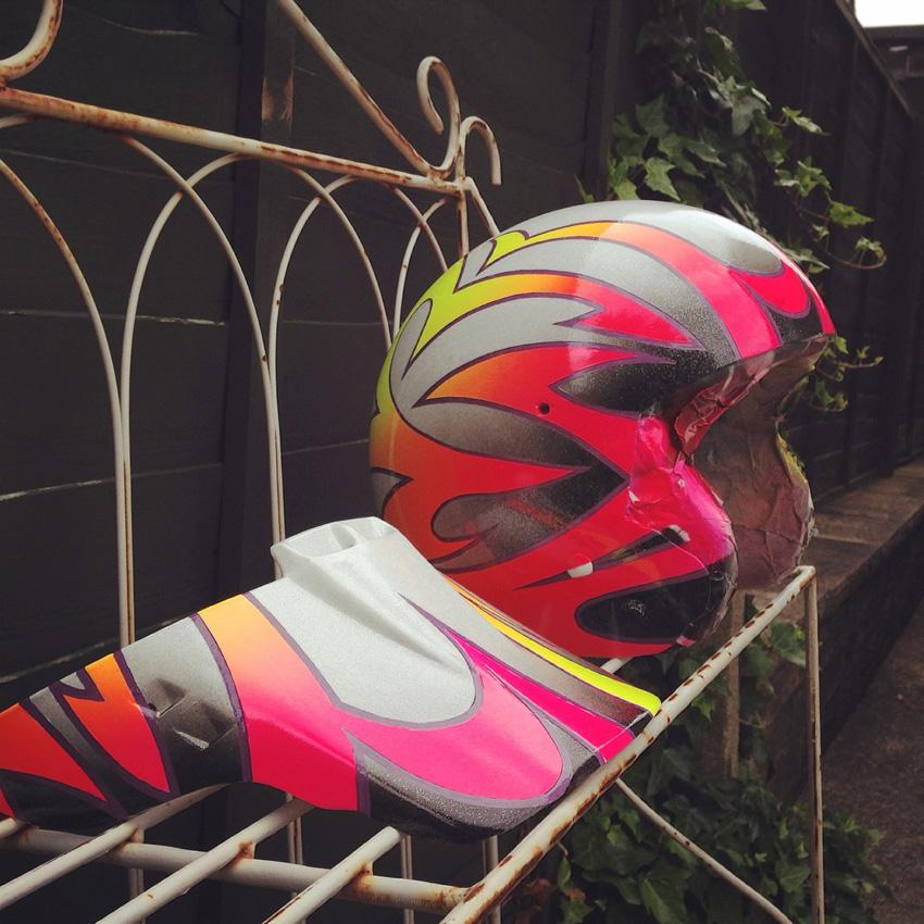 http://www.sirmerlin.com/wp-content/uploads/2015/07/hyper_ecko_bmx_helmet_midschool_clear_coat.jpg