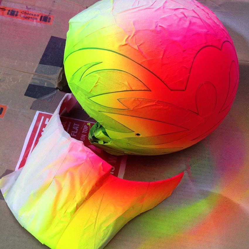 http://www.sirmerlin.com/wp-content/uploads/2015/07/hyper_ecko_bmx_helmet_midschool_spraying_colour.jpg