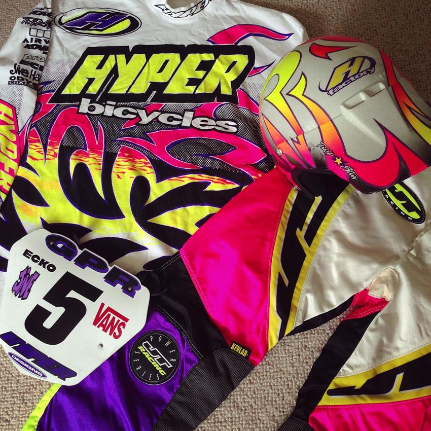 http://www.sirmerlin.com/wp-content/uploads/2015/07/hyper_ecko_bmx_helmet_midschool_with_jt_racing_kit.jpg