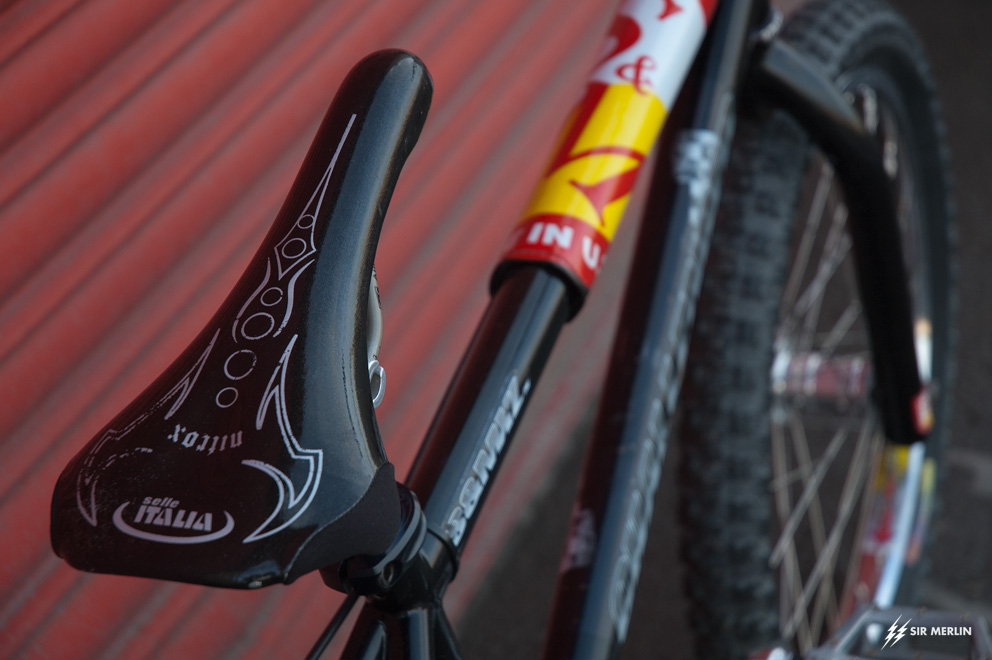 http://www.sirmerlin.com/wp-content/uploads/2017/03/98_S_and_M_Challenger_BMX_selle-italia-nitrox-seat.jpg