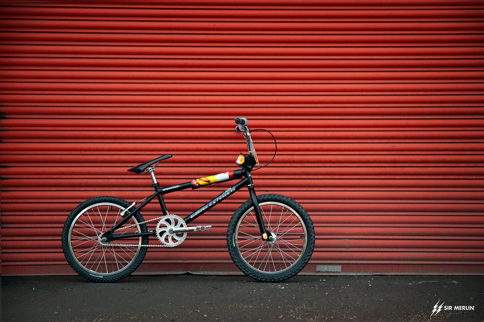 http://www.sirmerlin.com/wp-content/uploads/2017/03/98_S_and_M_Challenger_BMX_side_view.jpg