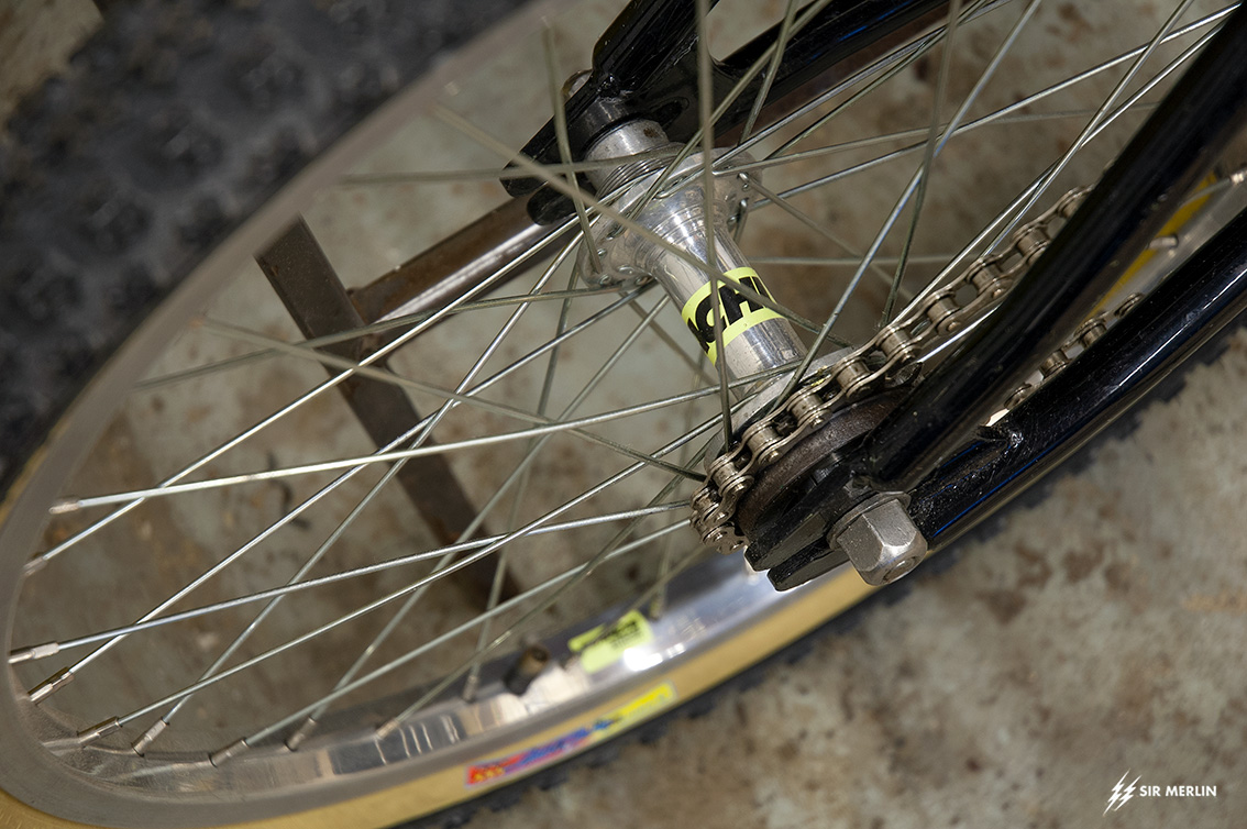 http://www.sirmerlin.com/wp-content/uploads/2020/10/SBC_bicycle_motocross_kovachi_wheel_rear_1993.jpg