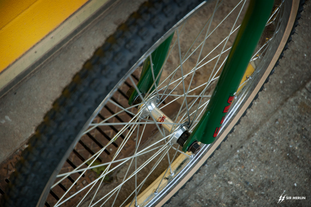 https://www.sirmerlin.com/wp-content/uploads/2021/06/s_and_m_widowmaker_93_pre_gusset_front_wheel_crupi_araya.jpg