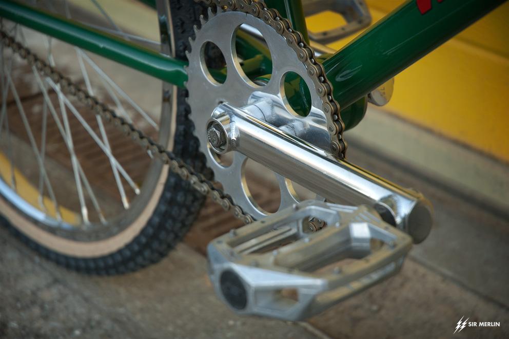 https://www.sirmerlin.com/wp-content/uploads/2021/06/s_and_m_widowmaker_93_pre_gusset_prince_albert_cranks_gt_pedals.jpg